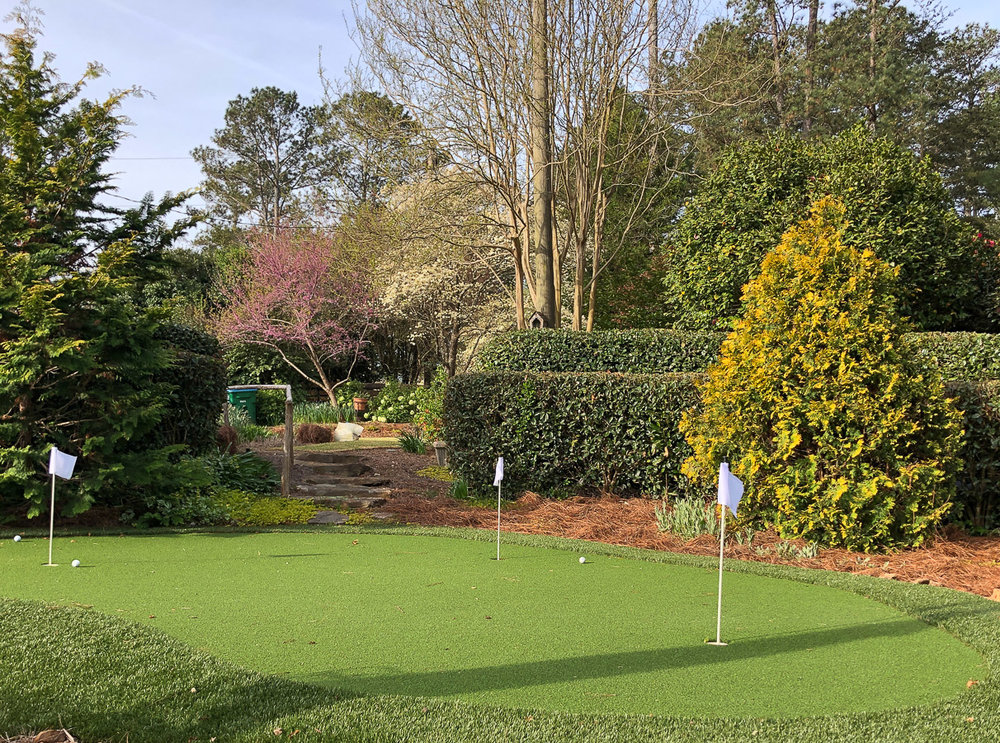 Cavan-backyard-putting green (1 of 1).jpg