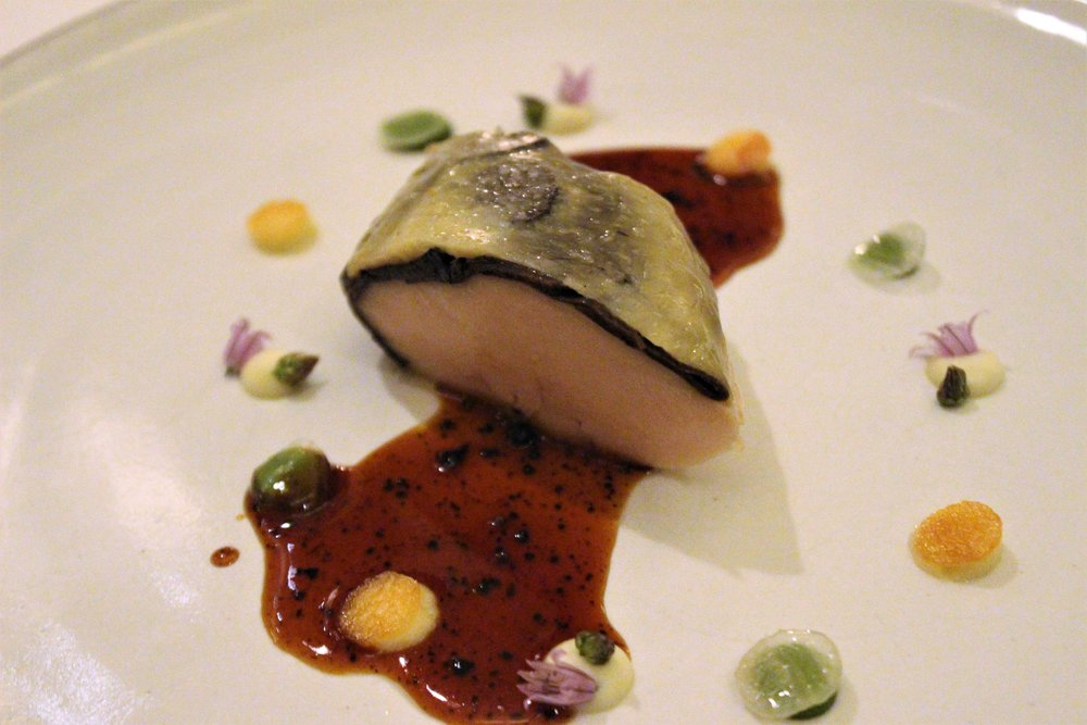 Poached-Chicken-2010-at-Eleven-Madison-Park-in-New-York-City.JPG
