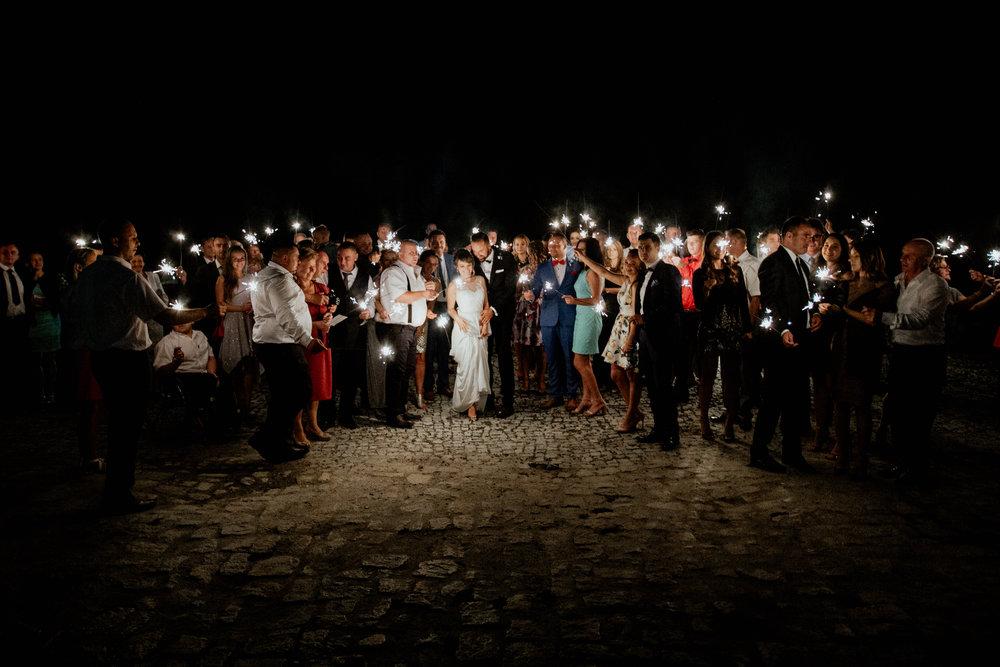 Nocne zdjęcie grupowe