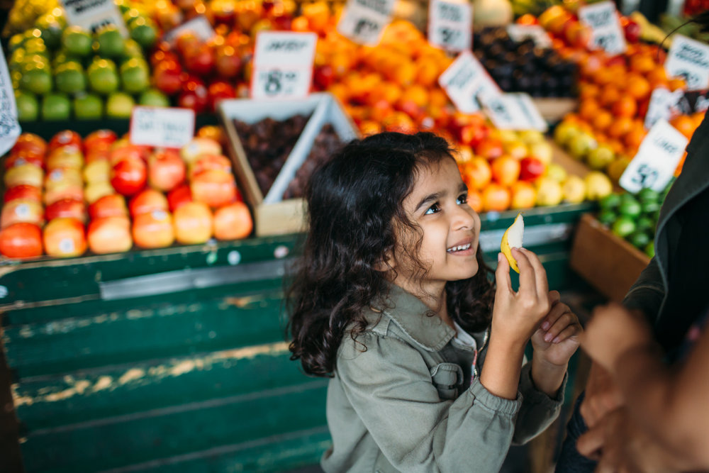 Seattle family photographer, at the Market
