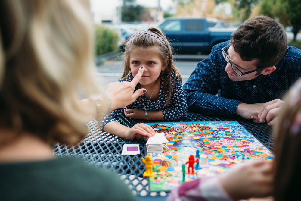 Board games as a family, st louis lifestyle photographer