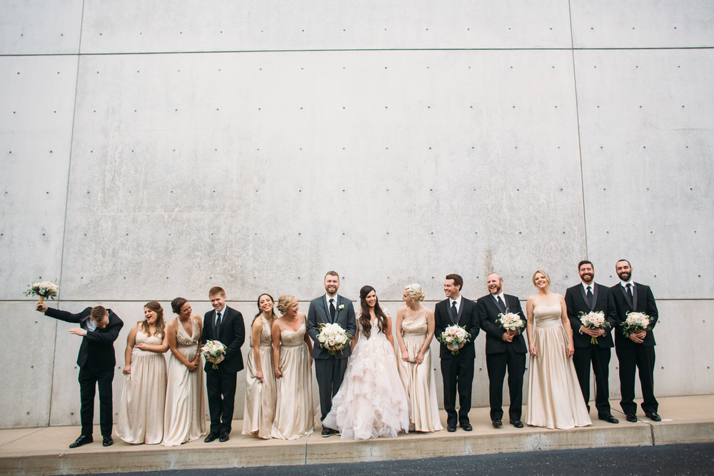 St louis Contemporary Art museum Wedding party