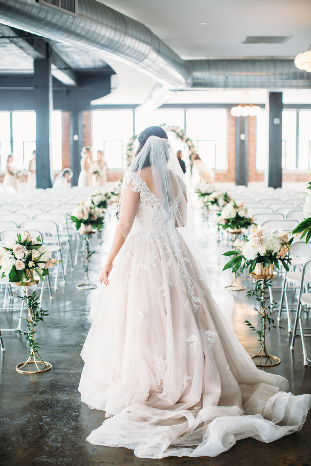 Modern Seattle Bride, Destination wedding photorapher