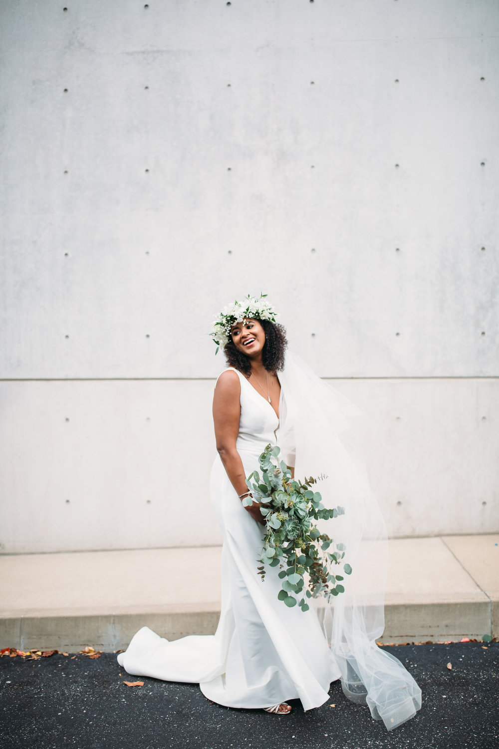 Modern bride, st louis wedding photographer, bridal portraits