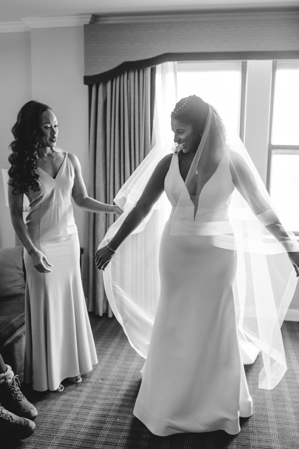 Getting ready photos, Black and white wedding photography, real wedding, st louis wedding photographer,