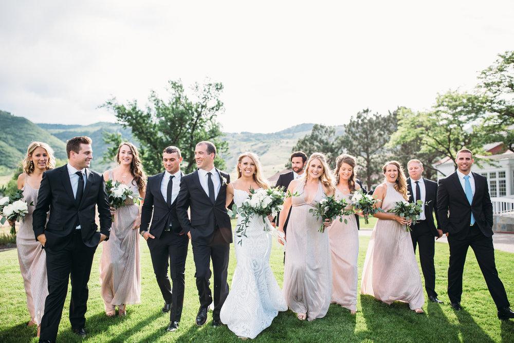 Wedding party photos, group photos at a wedding, relaxed wedding photos, Denver Wedding Photographer, Manor House Colorado