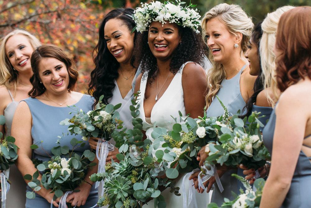 Wedding party photos, group photos at a wedding, relaxed wedding photos, St Louis Wedding Photographer, bride with her bridesmaids