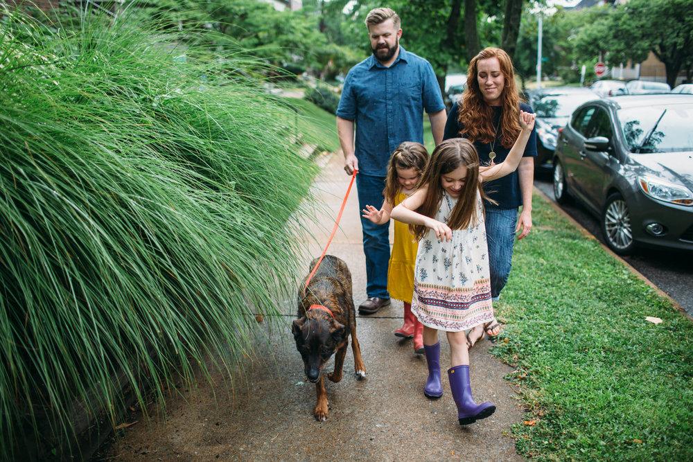 Neighborhood family photos, Lifestyle Photographer