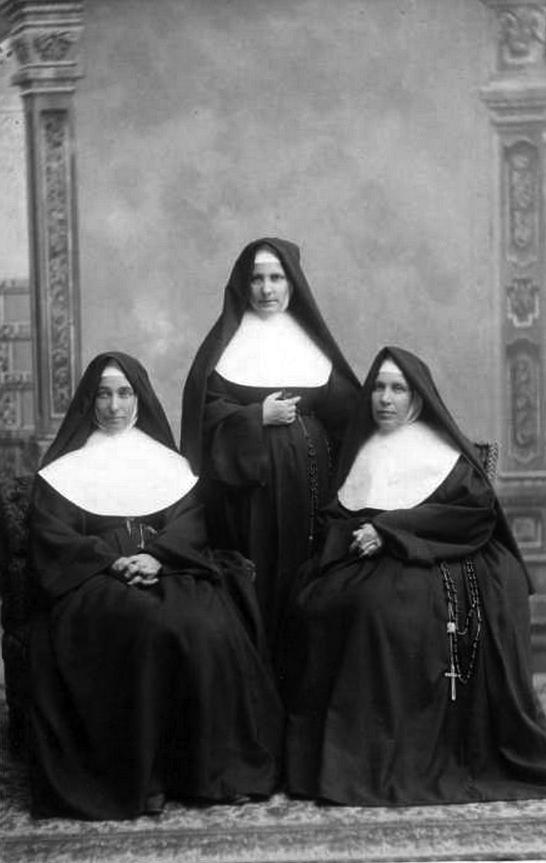 sistersireland.jpg