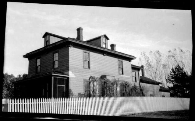 1916_Louis-W.-Hill-6343-16137.jpeg