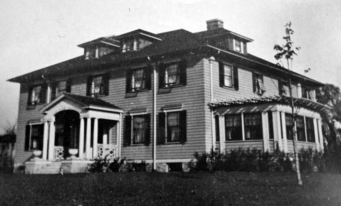 1913. Photos: MNHS (MR2.9-SP3.2c-p27)