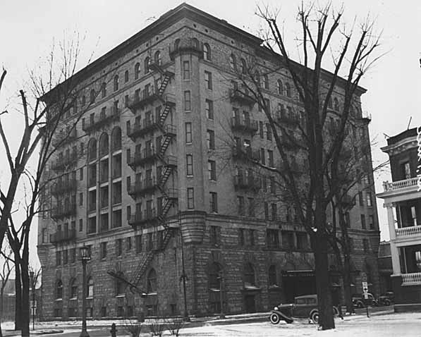Aberdeen Hotel in 1937