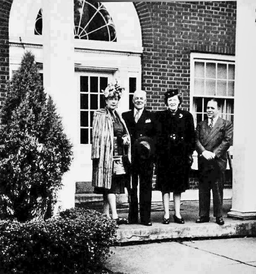 Nelle (left),Duncan and Emelie Hines, and Arthur in 1945 at the inn. (MNHS)