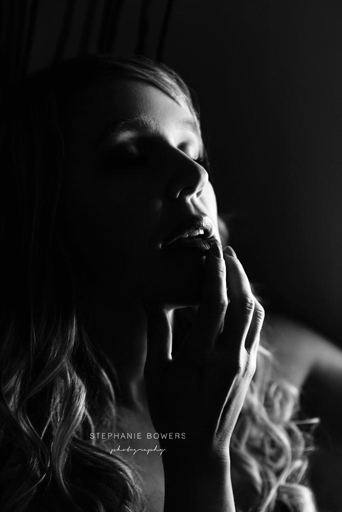 34fd7-KylieBoudoir_24.jpg