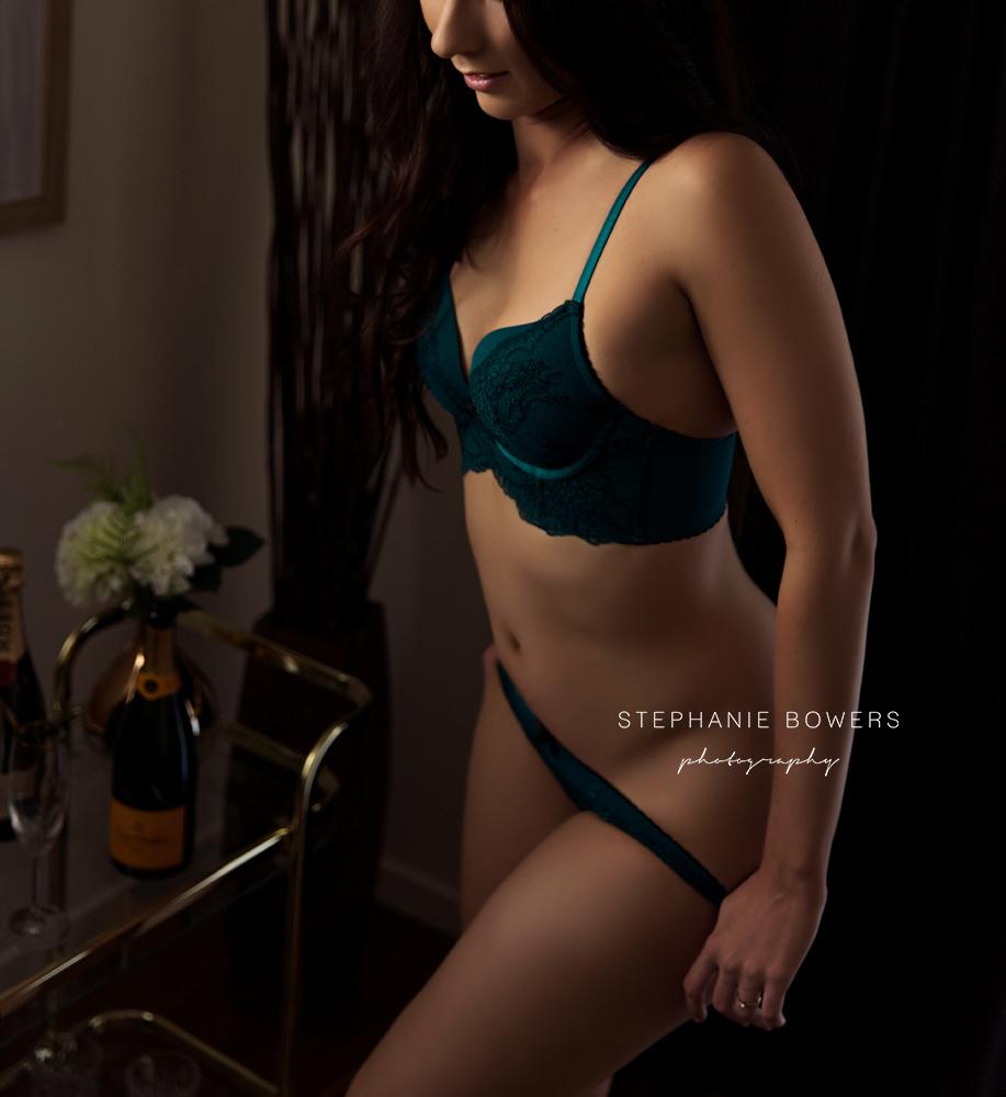 6e2f4-ErinBoudoir_23.jpg