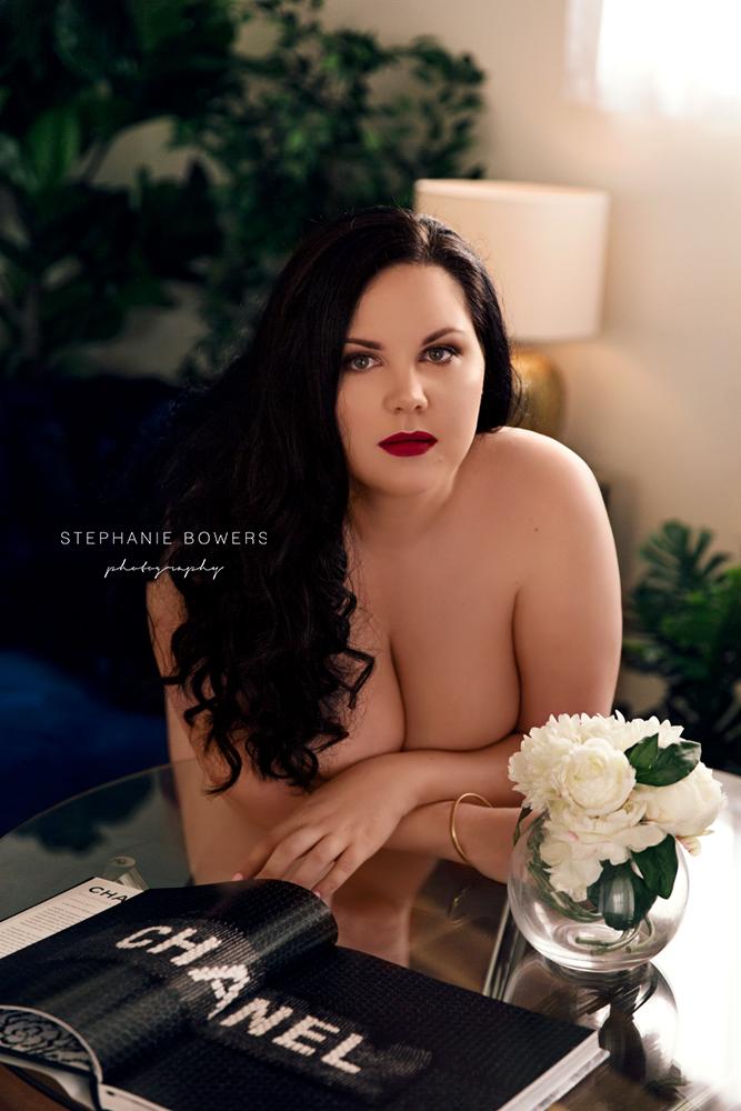 24e5f-DanielleBoudoir_14.jpg