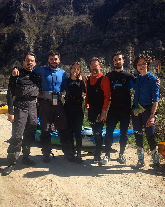 Tanto sole per l'inizio formazione degli aspiranti istruttori...🎉...dajetutta! #kayak #istruttori #natura #avventura #corsi #sport