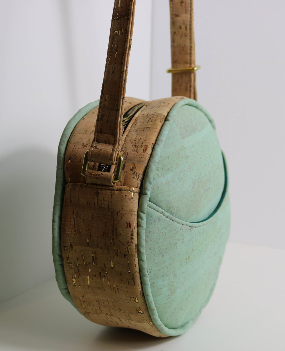 Cork Roundabout Bag-10.jpg