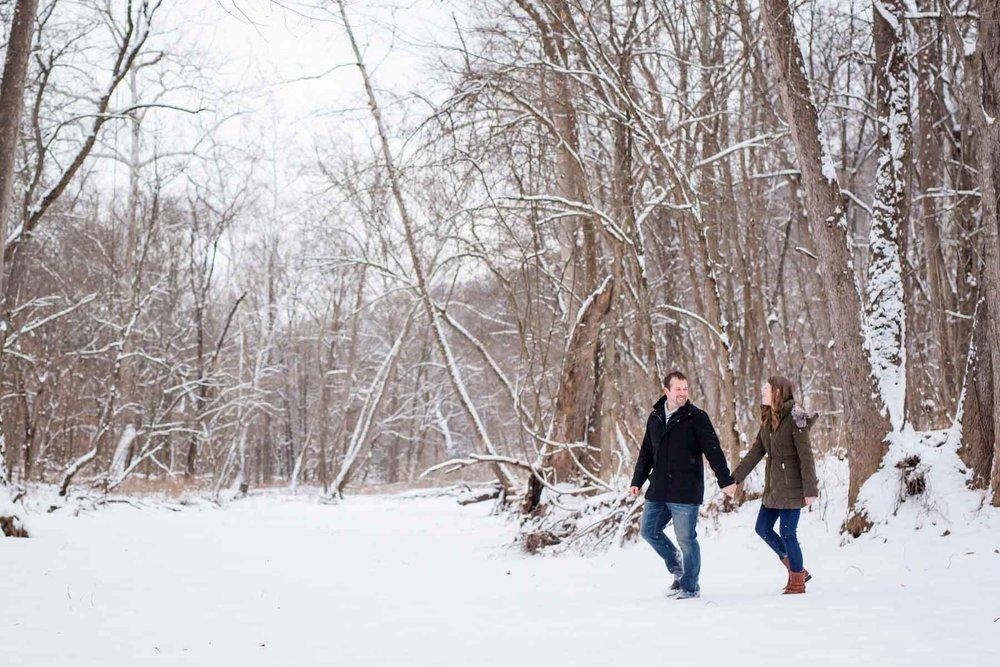 snowy engagement session-4.jpg