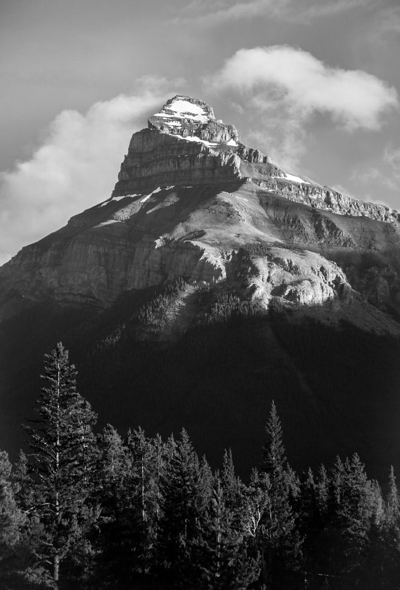 Black and white photo of mountains