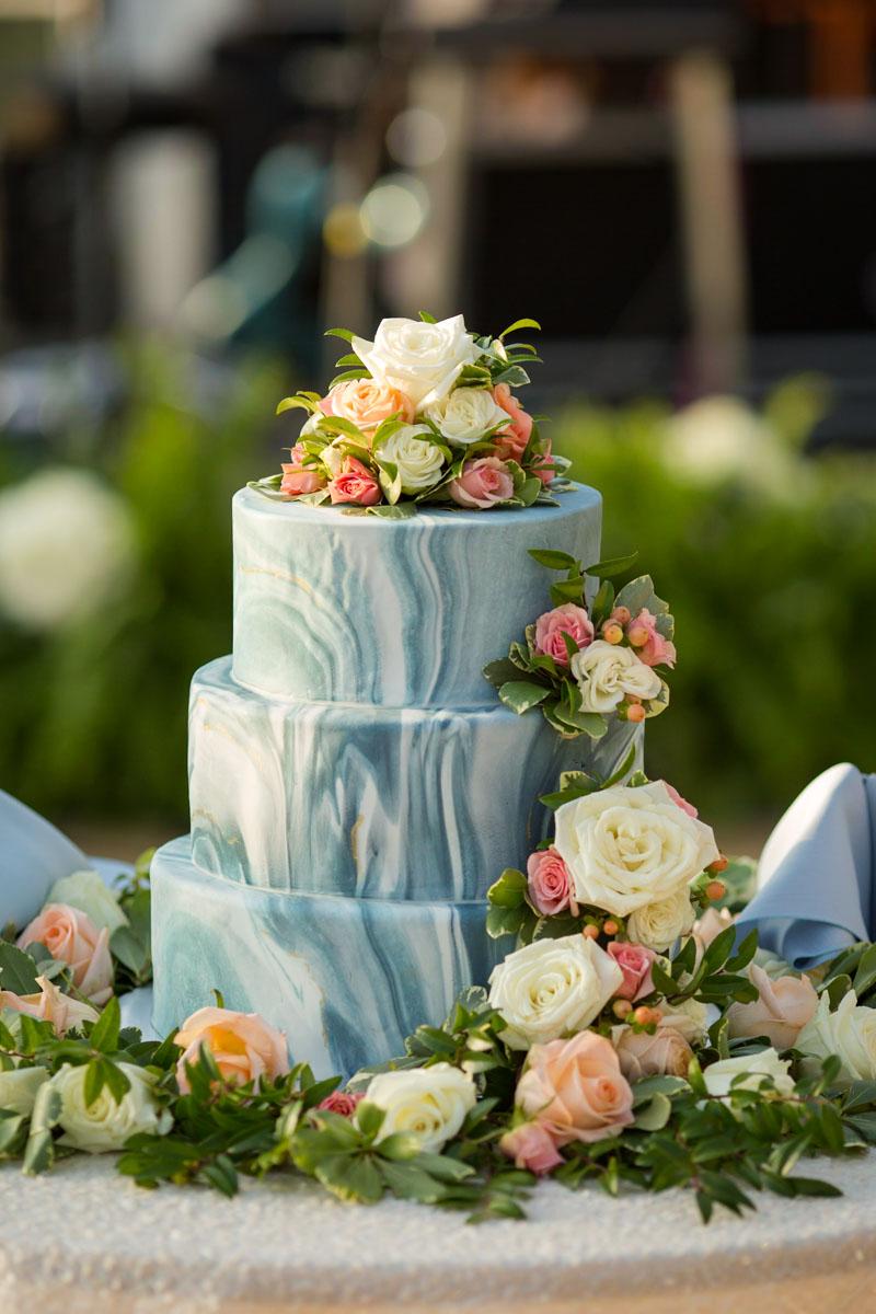 wedding cake-1-2.jpg