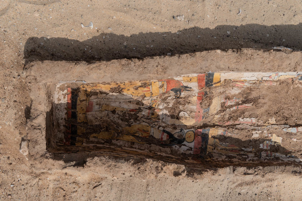 Fig. 11. Interior detail of the foot of the coffin. Photo: Ayman Damarany / North Abydos Expedition © 2019