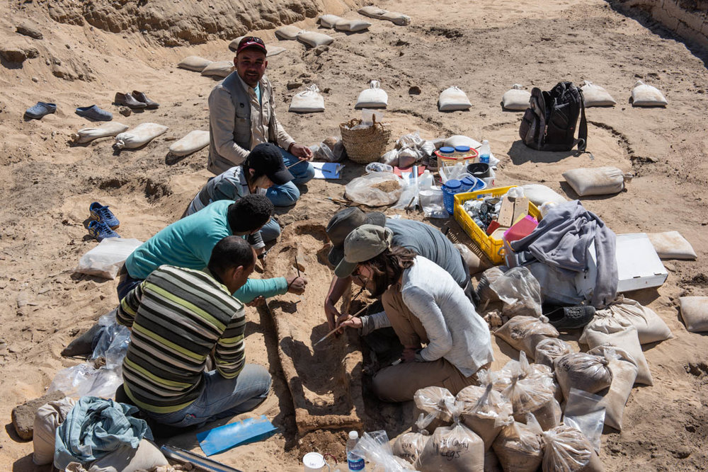 Fig. 21. Work site during conservation. Photo: Ayman Damarany / North Abydos Expedition © 2019