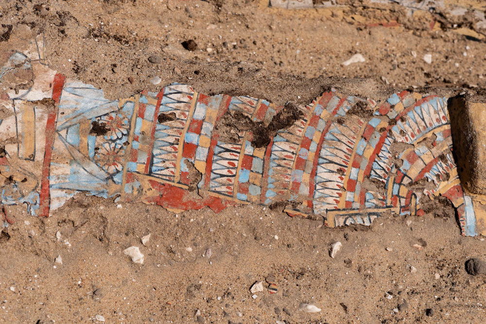 Fig. 13. Detail of the collapsed lid found inside the coffin. Photo: Ayman Damarany / North Abydos Expedition © 2019