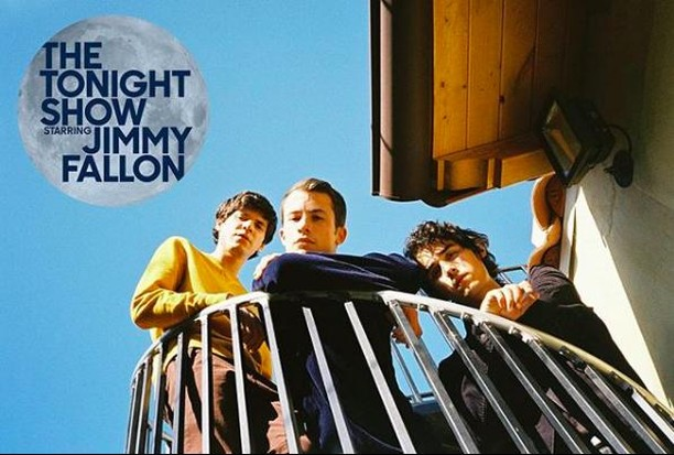 Tune In: I'm so excited to be supporting @wallowsmusic on @jimmyfallon Tonight with @littlemissstephany & @bobkarlie! Thanks, @stevvialexander! Most of you know it's a dream of mine to sing bgvs professionally so being able to do this with such kind people is amazing! #nyc #jimmyfallon #wallowsmusic #backgroundvocals #thetonightshow #bgvs #booked #singer #singersofinstagram #wallows
