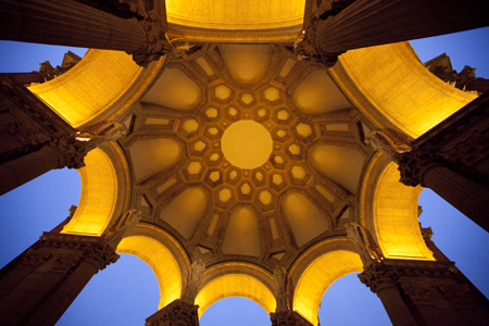 Palace of Fine Arts in San Francisco near Astronomical Twilight