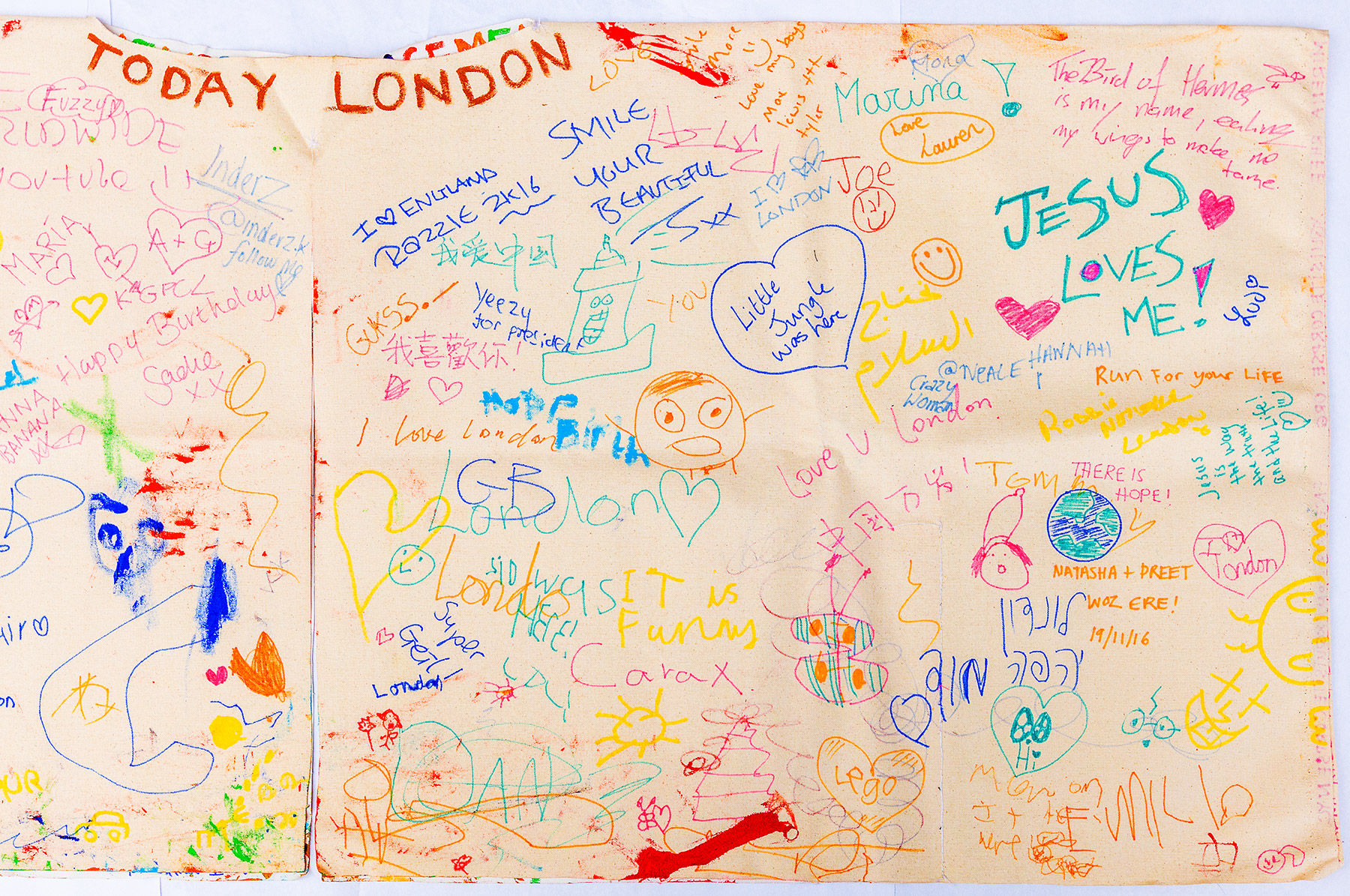 Messages written during Today London – The Flip Side Performance on Leicester Square in London