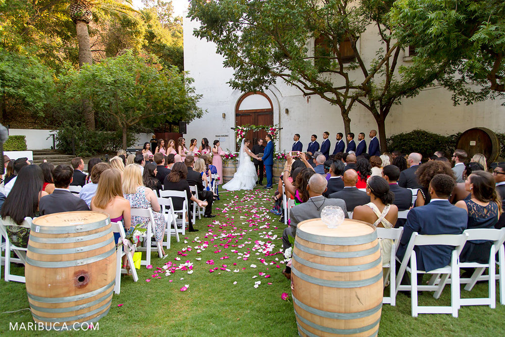 Amazing ceremony with adorable couple in the Wente Vineyards, California