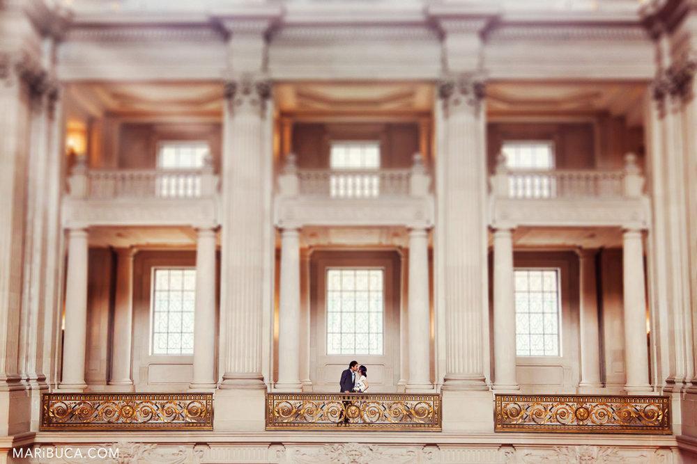 05__05-sf-city-hall-building-wedding.jpg