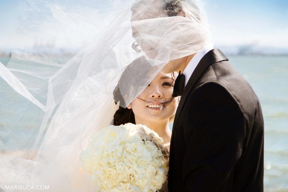 80_80-santa-cruze-beach-wedding-portraits.jpg