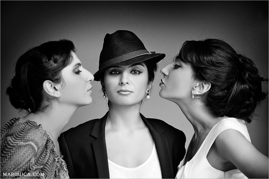 13s-2-black-white-three-girls-session-santa-cruz.jpg