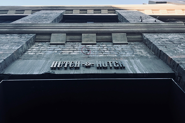 RESI_Hutch&Hutch.png