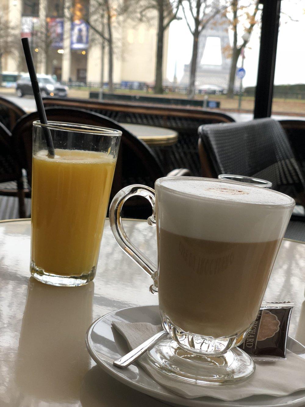 Paris - Breakfast.JPG