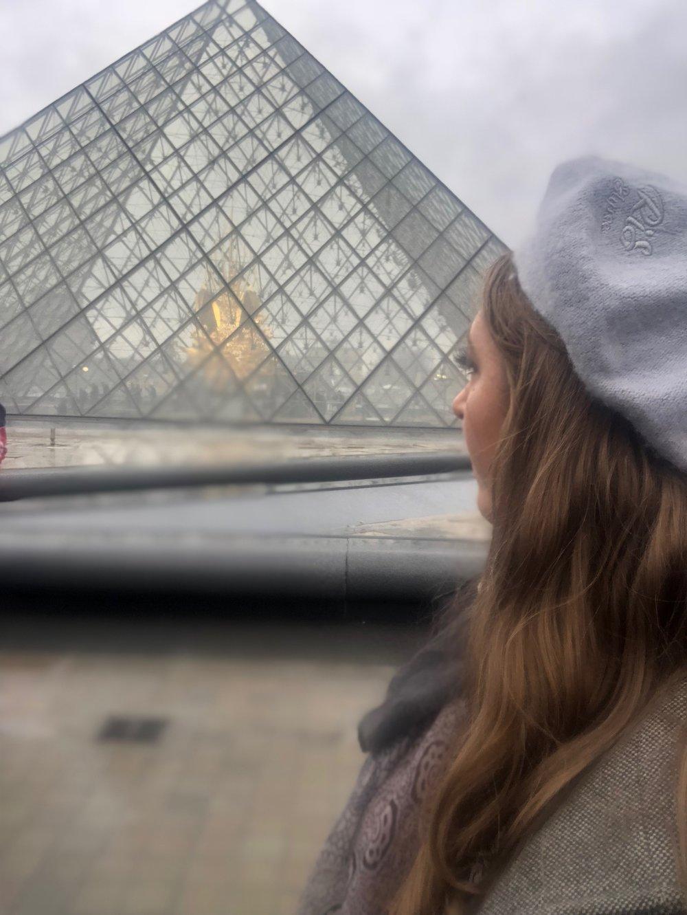 Paris - Louvre.JPG