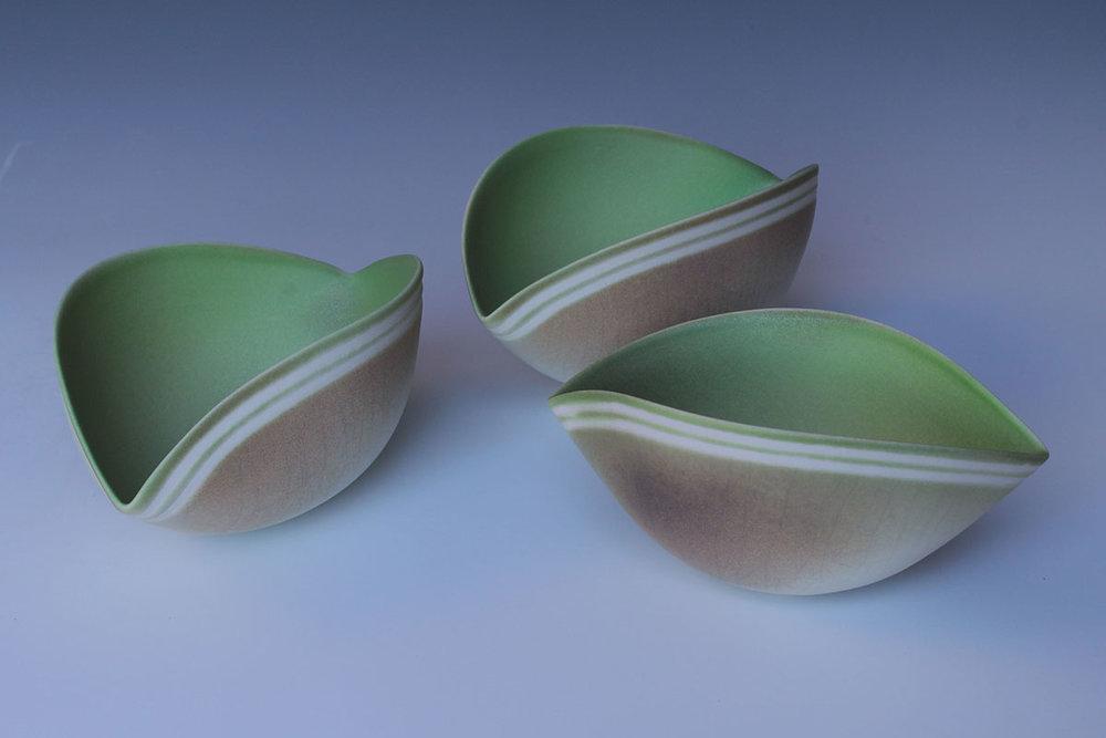Jenny Morten - 3 Twisting Bowls (Green)