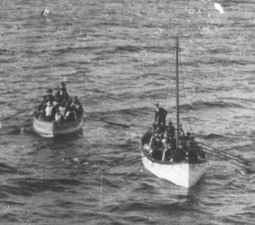 Titanic lifeboats approaching Carpathia