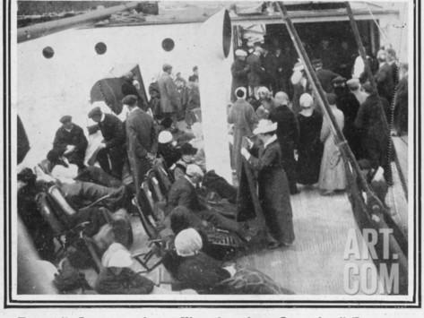the-titanic-survivors-on-the-carpathia_i-g-46-4612-fwjfg00z