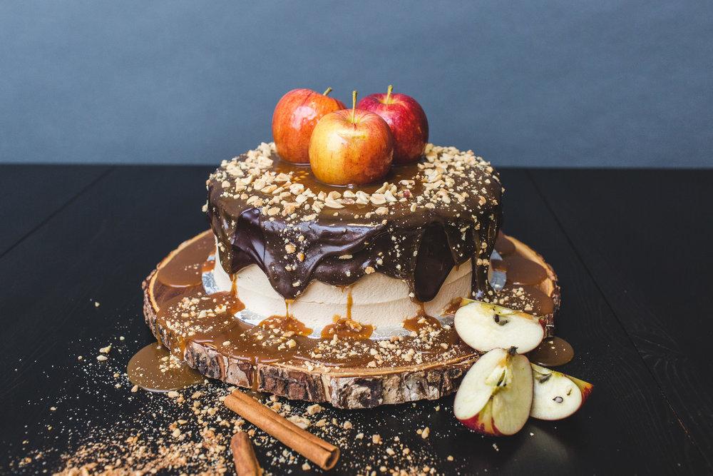 apple caramel chocolate cake