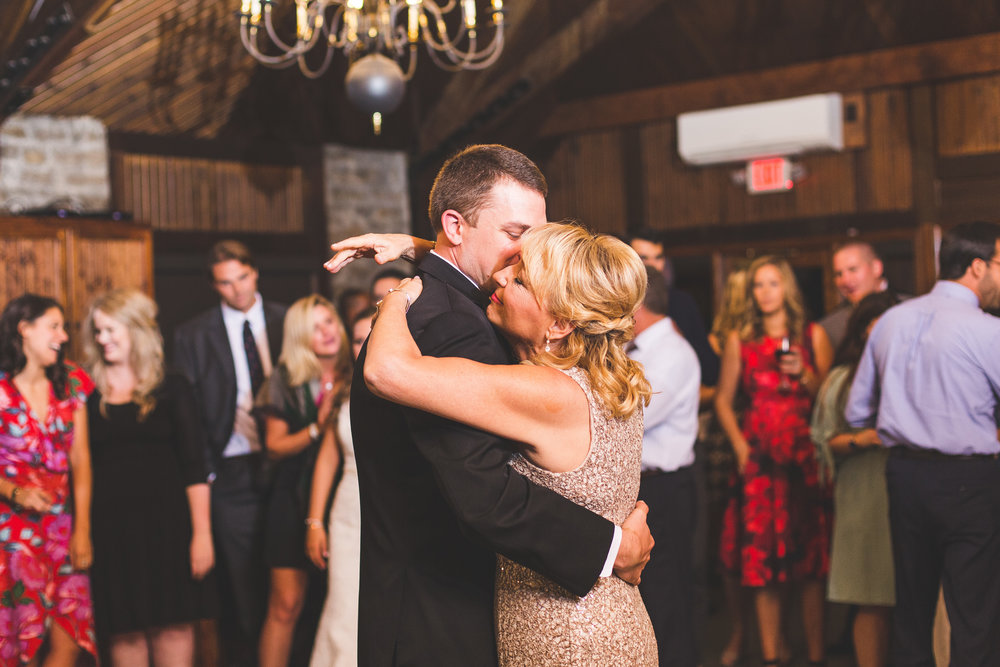 groom mother and son first dance wedding