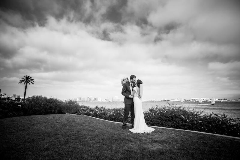 SanDiego-Wedding-RobinMi-040.jpg