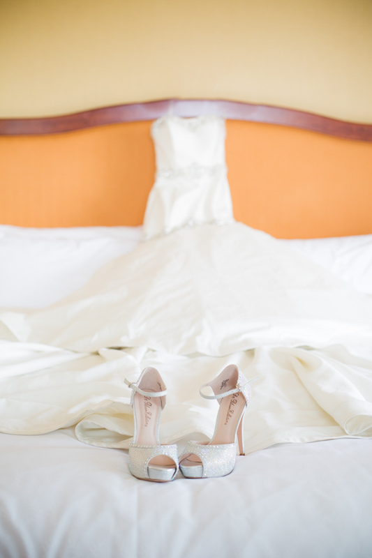 SanDiego-Wedding-LindsayJoey-006.jpg