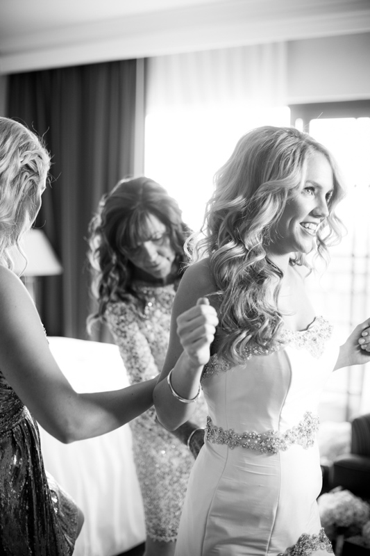 SanDiego-Wedding-LindsayJoey-009.jpg