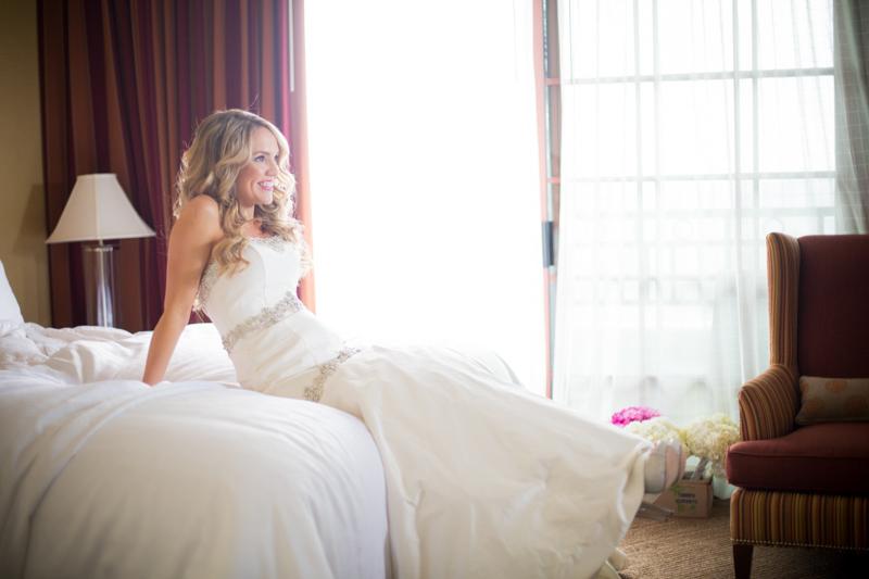 SanDiego-Wedding-LindsayJoey-013.jpg