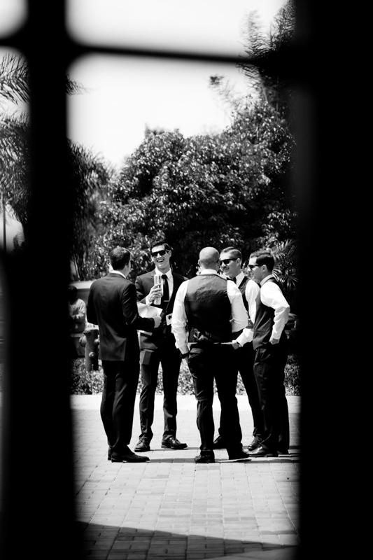 SanDiego-Wedding-LindsayJoey-015.jpg
