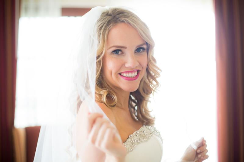 SanDiego-Wedding-LindsayJoey-024.jpg
