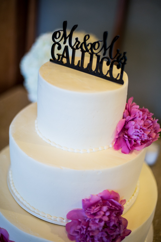 SanDiego-Wedding-LindsayJoey-031.jpg